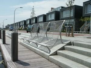 Straatmeubilair maatwerk: Havenzitjes roestvast staal op maat