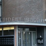 Belettering Mandelahof